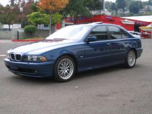 2002 E39 Dealer Photos